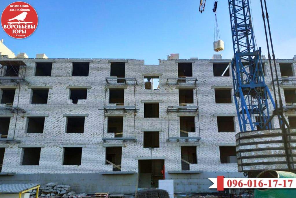 фасад строящегося дома
